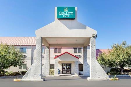Livingston Sublets Short Term Rentals Rooms For Rent