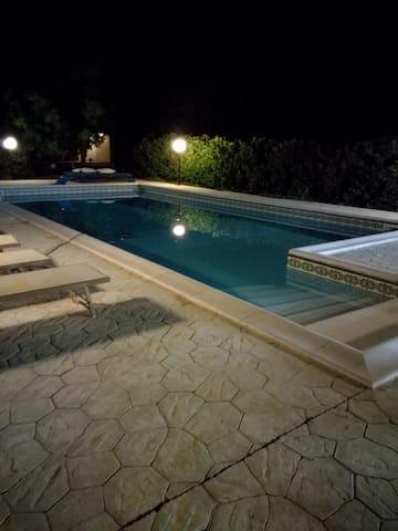 villa con piscina nella campagna salentina
