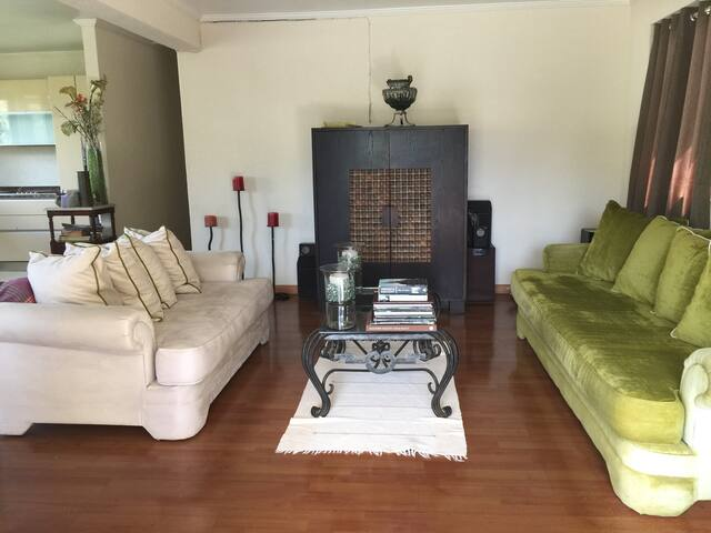 A Barbadian homestyle experience - 1-246 - House