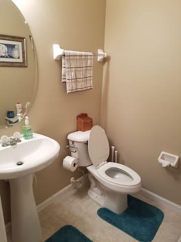 1500 sq ft townhouse condo - New Albany - Kondominium