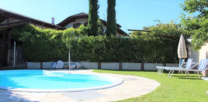 Höchster Ferienkomfort | Frühstück,Pool & Garten