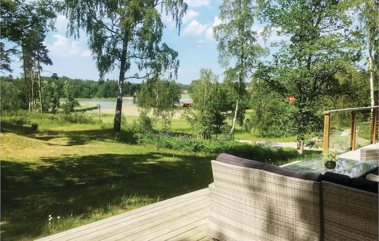 Holiday cottage with 3 bedrooms on 88m² in Trosa
