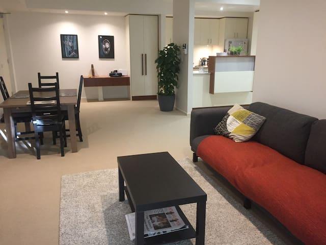 Modern apartment close to ANU