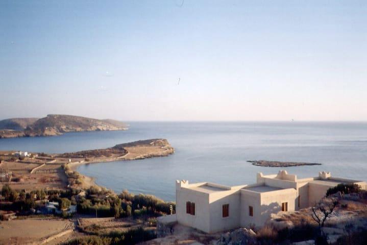Εξοχική κατοικία με υπέροχη θέα/Vacation house