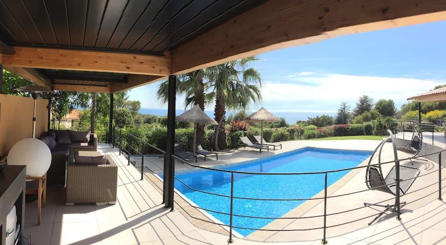 Villa de vacance Mer à 180° Golf Frégate 7 Minutes