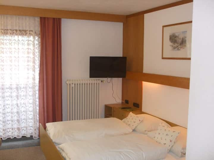 Gasthof Appartementhaus Söll'n (Lam), Doppelbettzimmer  mit Balkon Typ 1