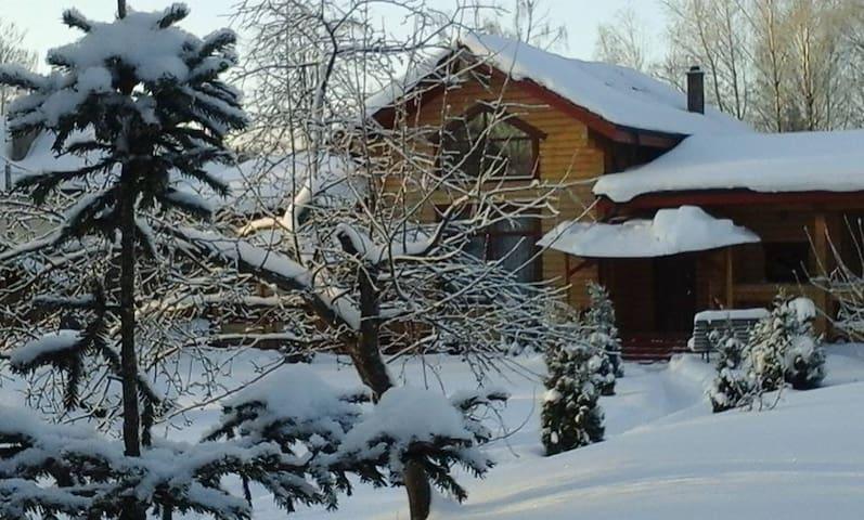 Дом баня в старинном русском стиле - Зеленоград