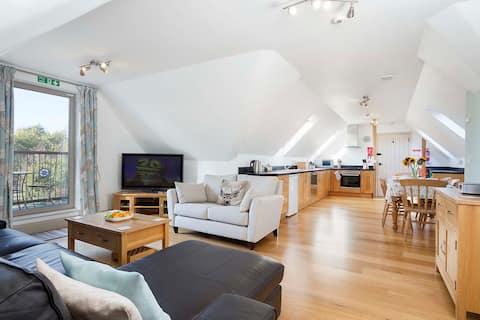 A Beautiful luxury two bedroom Hayloft