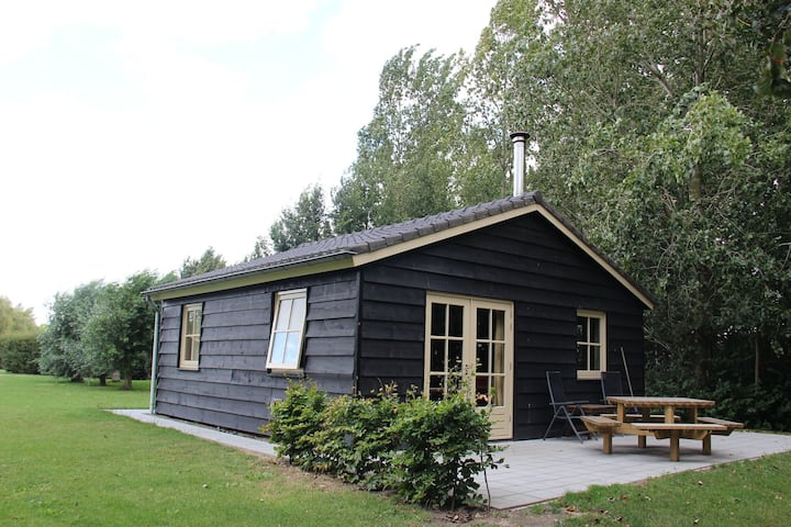 Delightful Holiday Home in Lage Zwaluwe with Garden