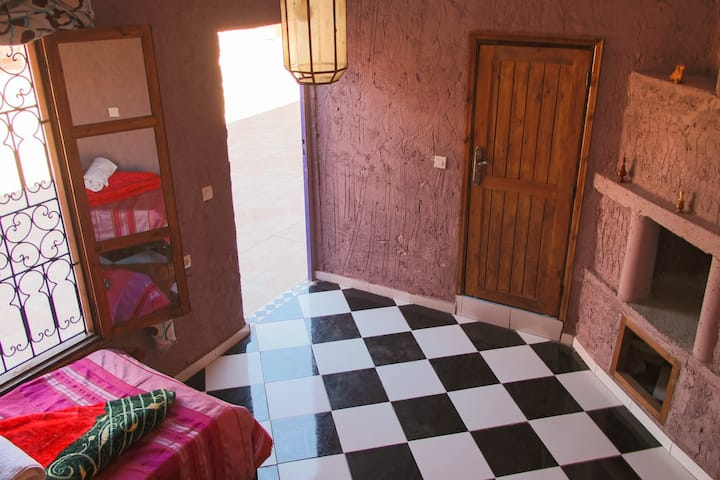 Riad Malak - Twin Room with Pool & Mountain View