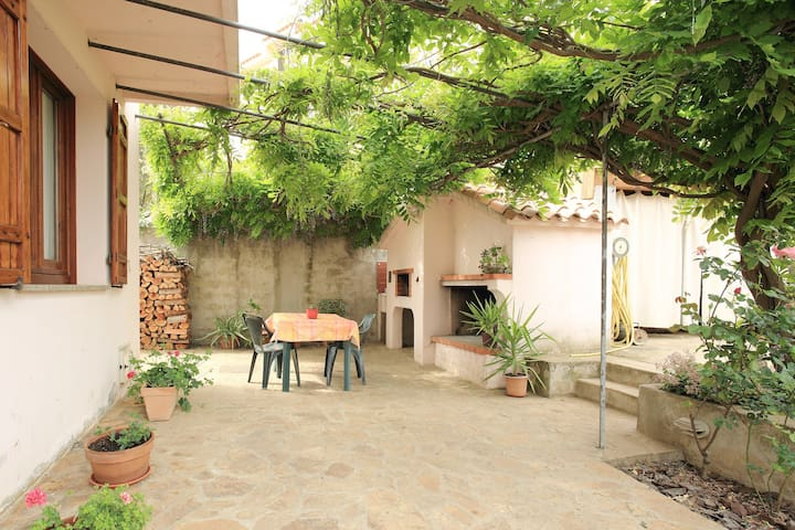 Villa Armoniosa Irgoli, ideale per famiglie - Irgoli