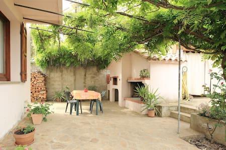 Villa Armoniosa Irgoli, ideale per famiglie - Irgoli - Apartment
