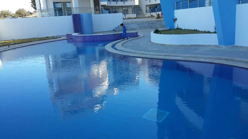40 M² - Front de mer avec piscine- HERGLA DIAMOND - Hergla - Selveierleilighet