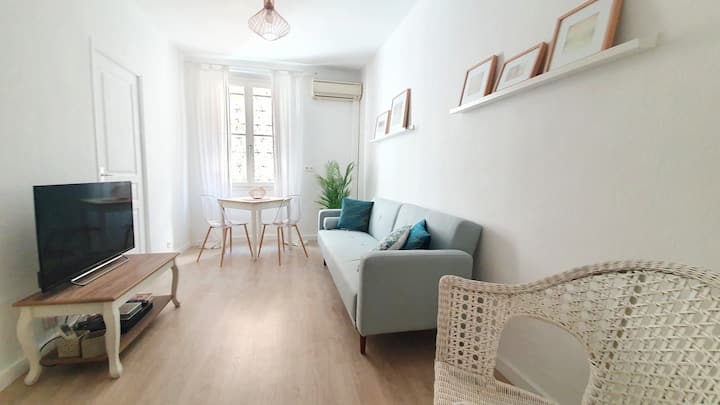 Appartement vieil antibes, 3 places