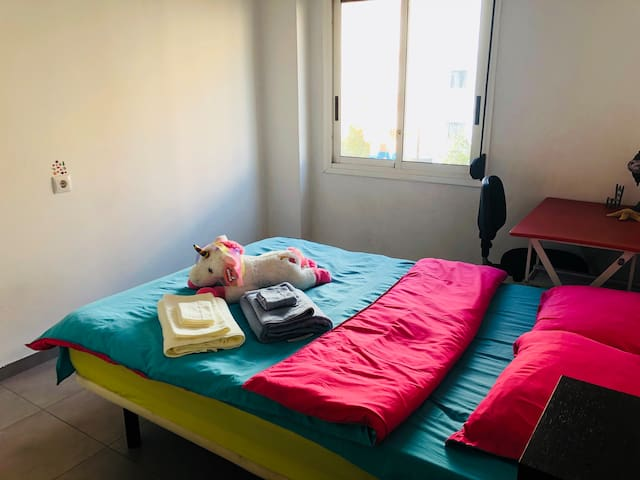 Students fashion apartment with good location