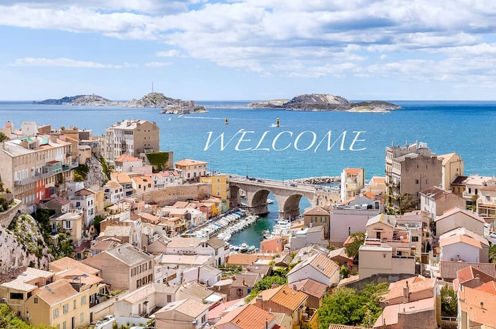 ✰✰✰ Apartment SEA VIEW, Old Port & City Center ✰✰✰
