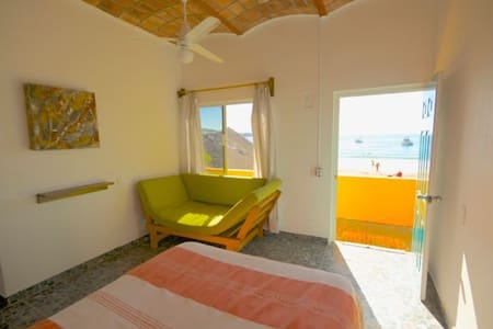 beach rental room  Cusi Cielo - Chacala - Bed & Breakfast