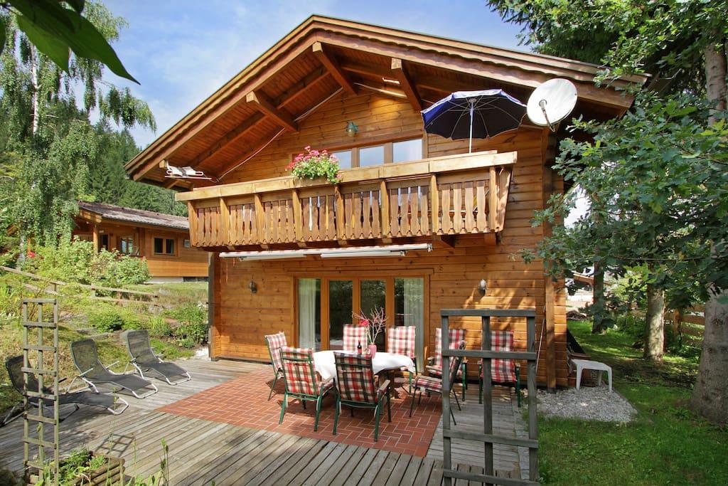 Chalet villa rosa in hotelgarden hotel rosenhof guest for Chalet te koop oostenrijk tirol