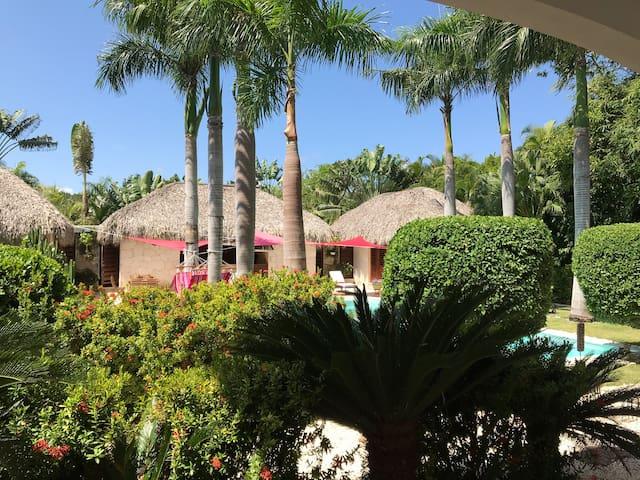 Dream retreats, a few step to private beach