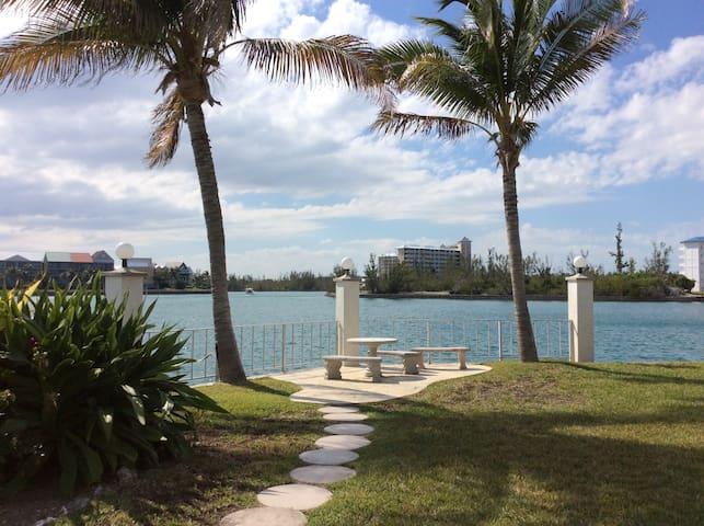Waterfront Getaway at Obera Beach Condominiums