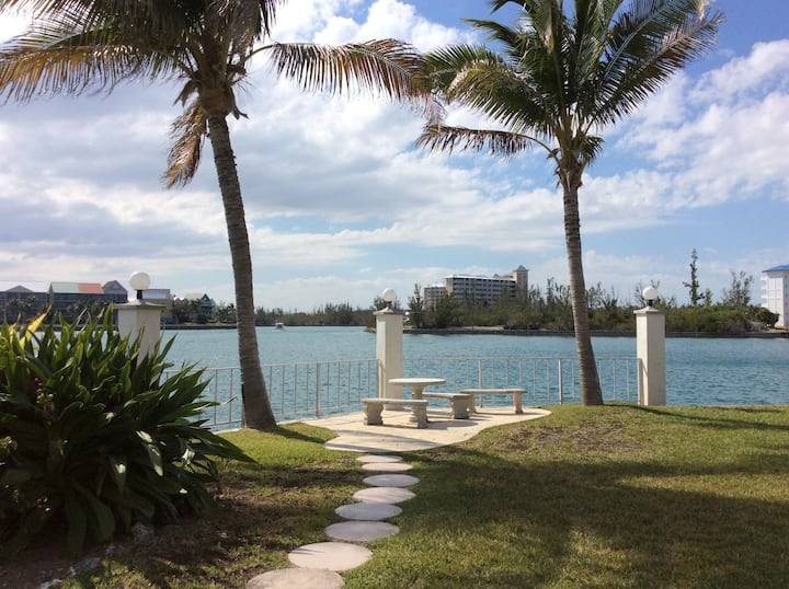 Waterfront Getaway at Obera Beach Condominiums