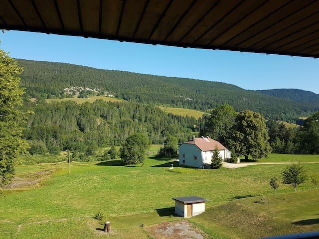 Lélex-Nice place, beautiful landscape-40km Geneva