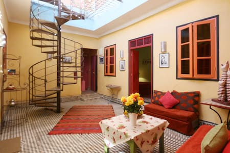 APPARTEMENT AU COEUR DE LA MEDINA  - Marrakesh - Apartment