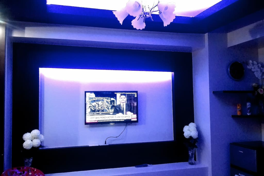 Entertainment area with dream lights.