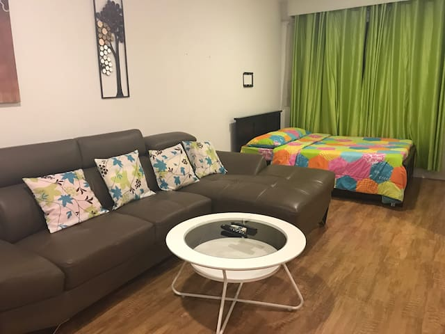 Condo unit with rooftop resto, pool - Lapu-Lapu City - Kondominium