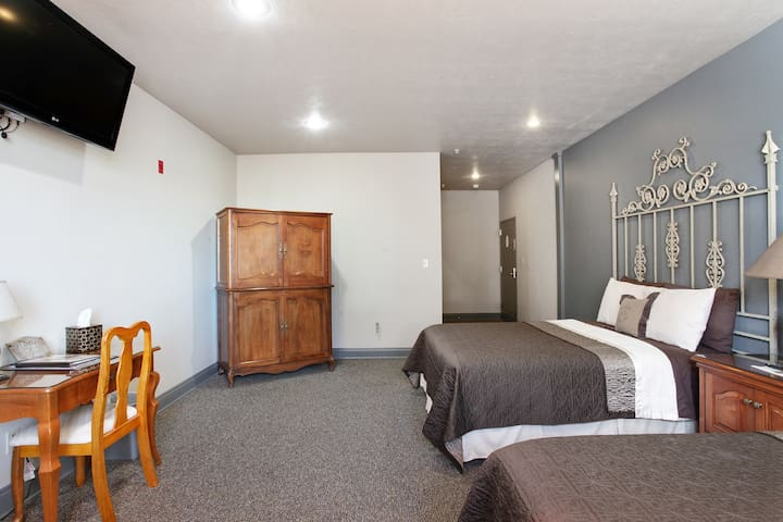 The Prestyn: Room in Quaint Boutique Hotel