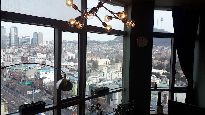 서울역 인근, 서울 어디건 최고의 접근성!  환상의 뷰! 안락과 친절은 기본!