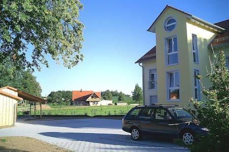 Beautiful Apartment Landhaus Ampfrachtal 5556.3 - Schnelldorf - Appartamento