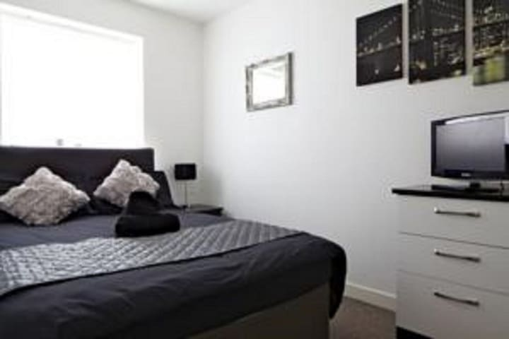 Private Double Room near Manchester city centre - Whitefield - Таунхаус