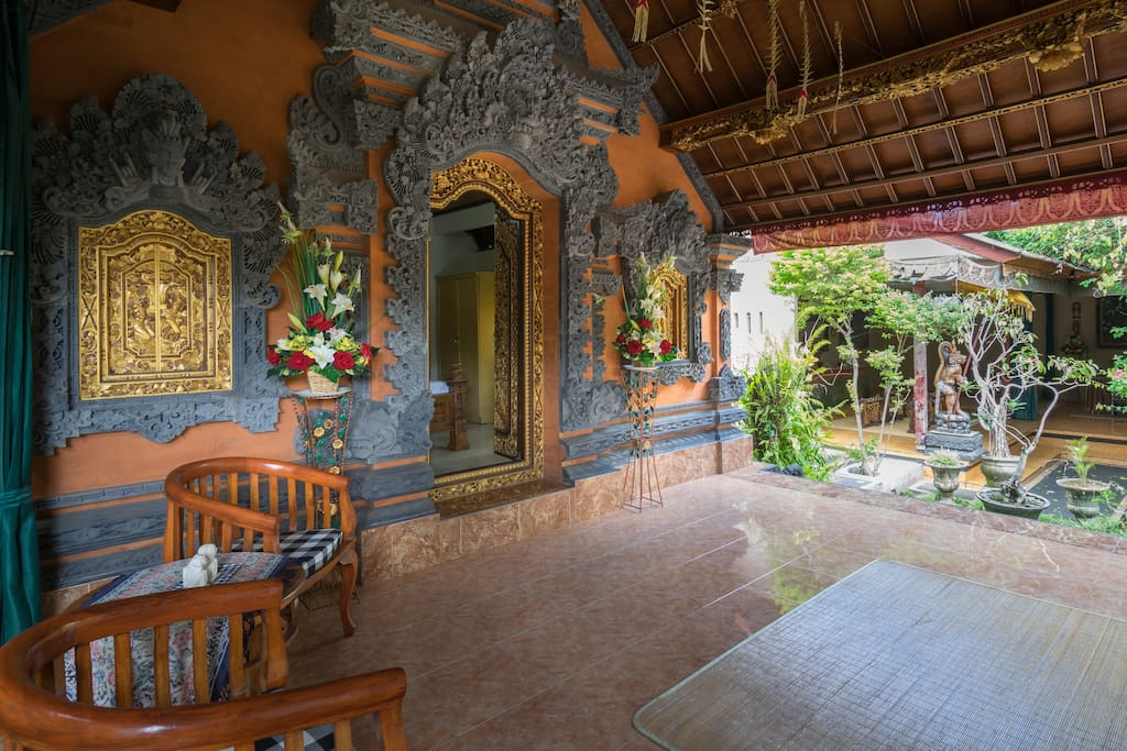 Terrace with full Balinese Decoration wall