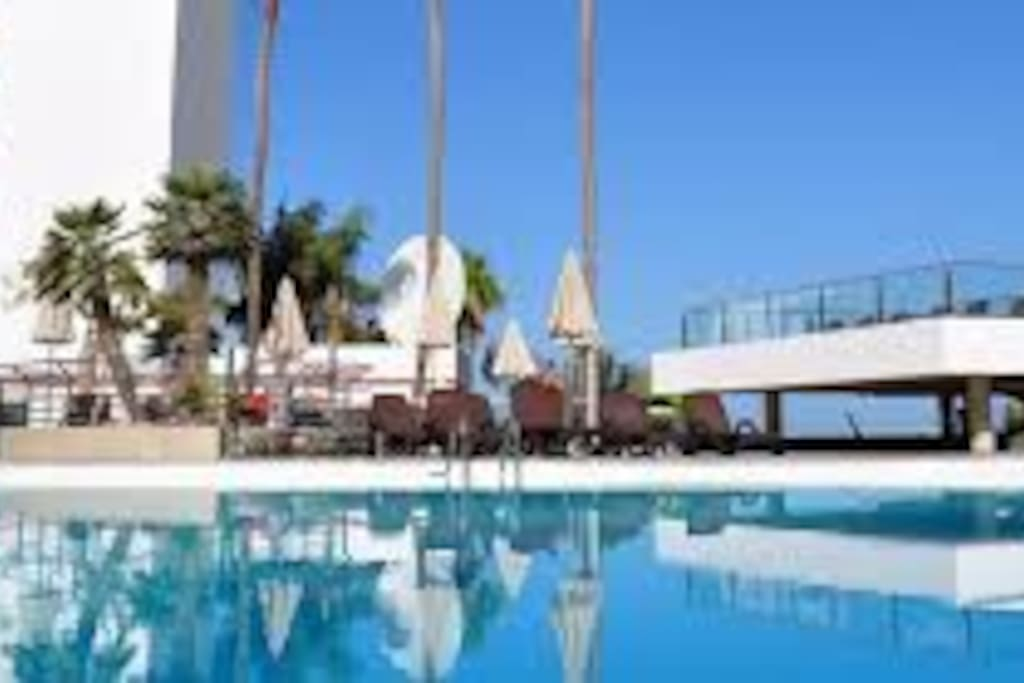 Sun and relaxation at 4 star luxury apart hotel for Apart hotel espagne