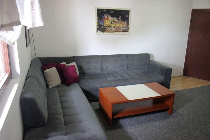 Apartman M.Mahala - Bihać - House