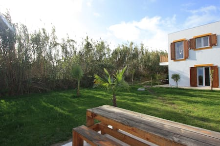 Bike and Surf Peniche- Apartment B - Peniche - Villa