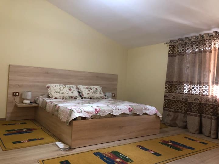 New, Spacious Villa in Old Korca Neighborhood
