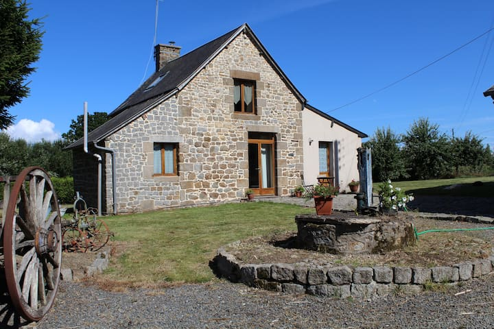 Stone, beamed Cottage in very quiet rural location