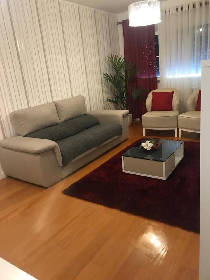 Belo Apartamento, Linda decoração, desfrute !