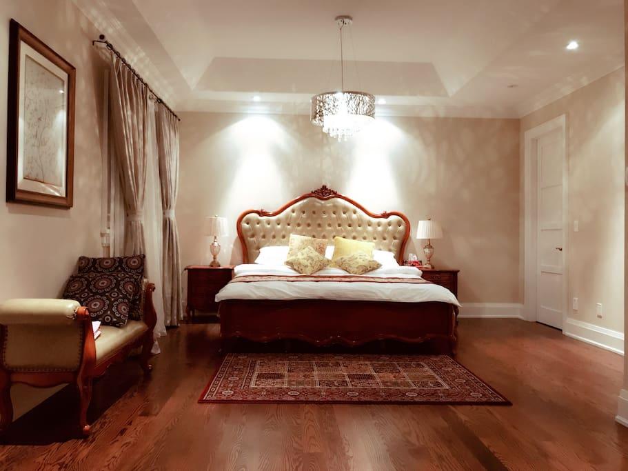 Luxury King Bedroom On North York Yonge Finch Villen Zur Miete In Toronto Ontario Kanada