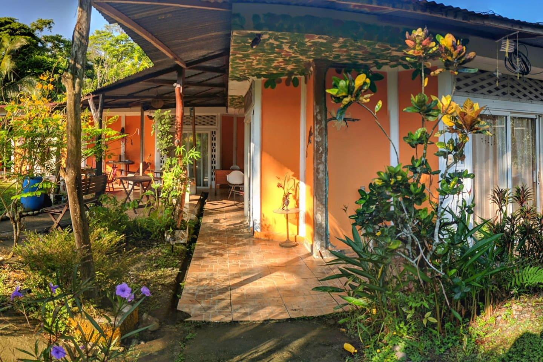 Secret Garden - Hotels for Rent in Cahuita, Limón Province, Costa Rica