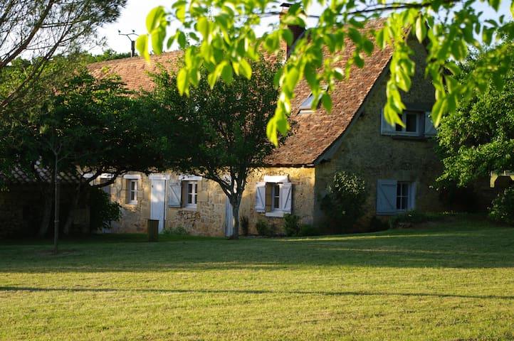 Gite familial en Périgord pourpre