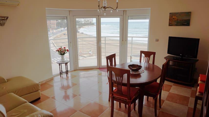 Apartamento en Edificio Montecarlo. 1ª Linea Playa - El Campello - Apartamento