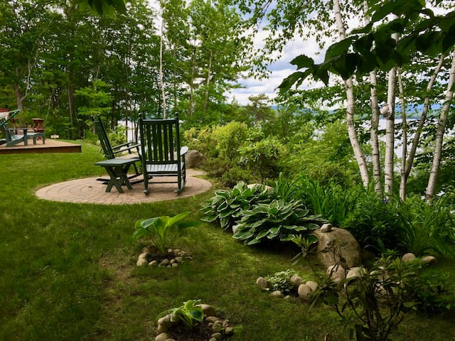 NEW! 3BR Lakefront Ossipee Cottage w/ Porch