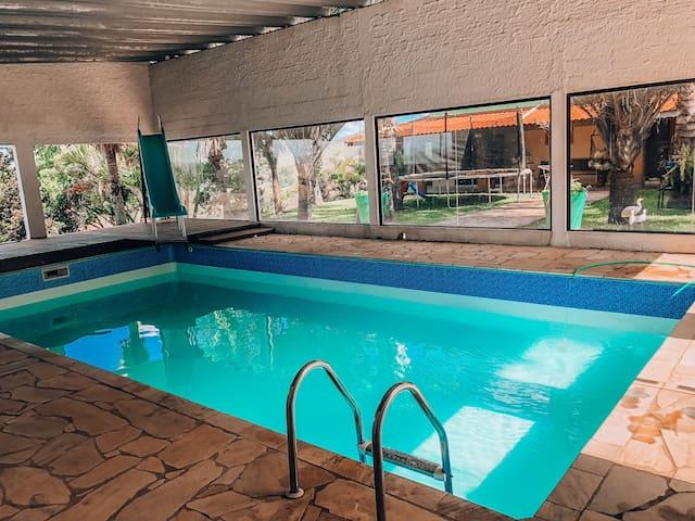 Chácara em Igaratá com piscina, perto da represa.