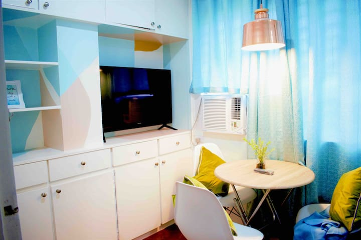 Private Rm at the heart of Cebu City w/ A/C & Wifi