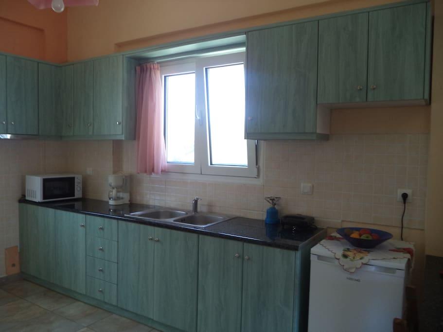 Karoubis Studio kitchen
