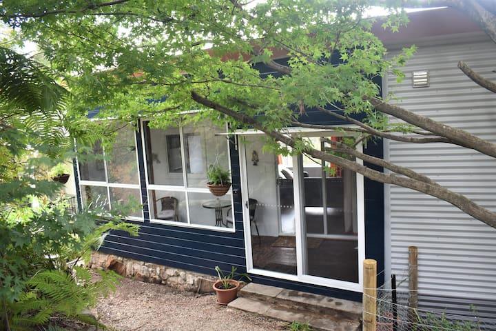 Maple Cottage Katoomba - Romantic retreat