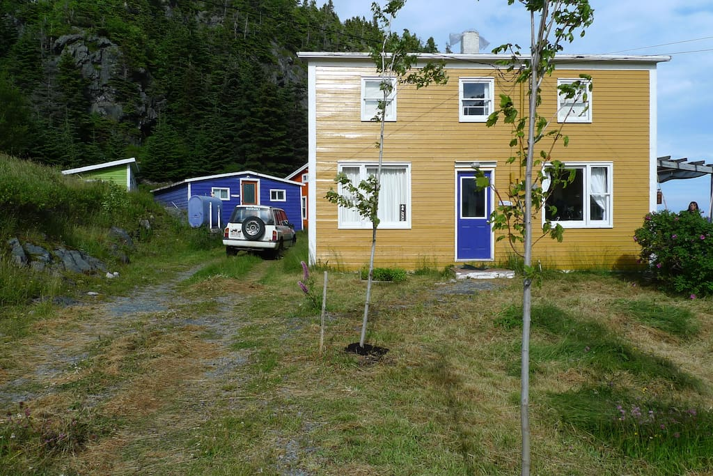 East coast newfoundland cottage houses for rent in for Newfoundland houses